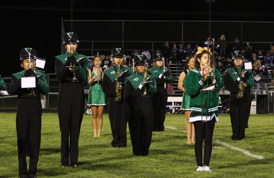 The+Schuyler+Marching+Band+performing+during+halftime+at+a+football+game.%0APhoto+Credits%3A+Yearbook+Staff