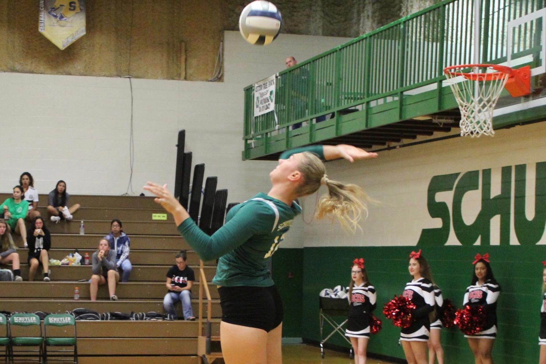 Rachel Shonka swings to make contact.
