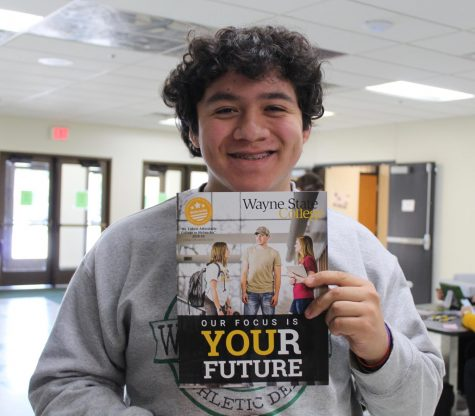 Jelmen Orellana finished applying to Wayne State College.