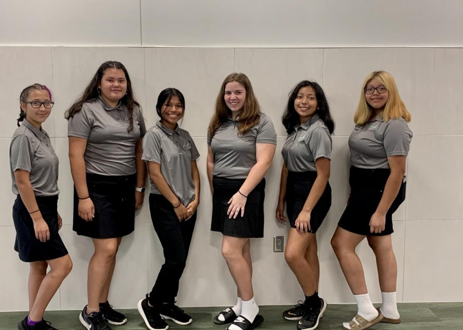 Gathered are the members of the 2020 Lady Warriors Golf team