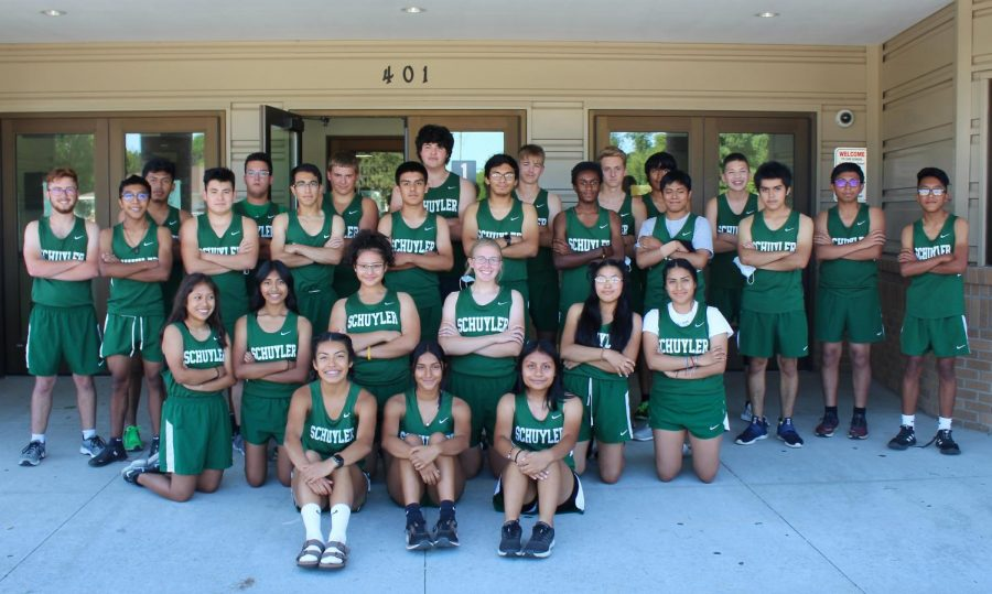 The 2020 Cross Country team poses for picture. (Photo credit: Robbi Mckenney)