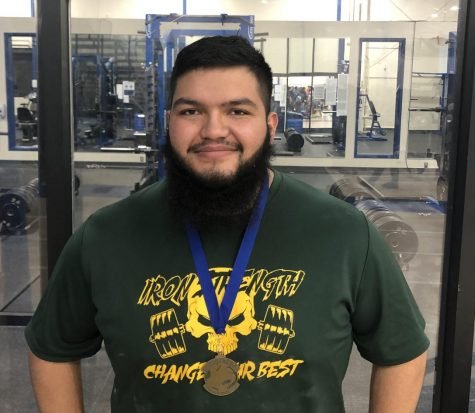 Warrior lifting earns Scholarship
